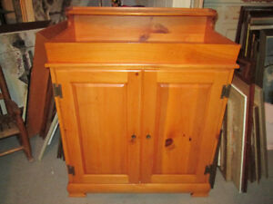 Reproduction d,antique beau dry sink