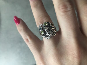"Pandora ""Autumn Wind"" Ring"