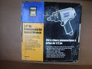 """Brand new 1/2"""" drive Professional air impact wrench, Power Fist Cambridge Kitchener Area image 3"""