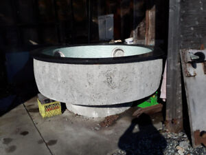 Granite/ cement  hot tub