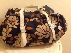 FIORELLI fabric hand bag pristine