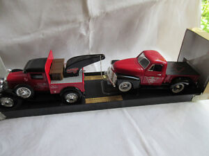 Die Cast Canadian Tire 1929 Ford Tow '52 Chev Pickup