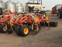 54' Bourgault 5710 air drill