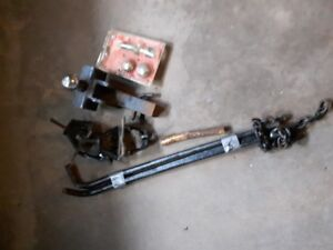 Hitch and stabilizer bars  - For up to  5000 lb  towing capacity
