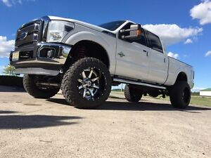 2011 Ford F-250 Lariat lifted London Ontario image 3