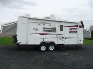 Roulottes Hybride Rockwood Roo 23.3 pieds 2009