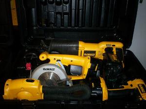 Ensemble de 6 outils Dewalt 14.4 volt avec valise de transport.