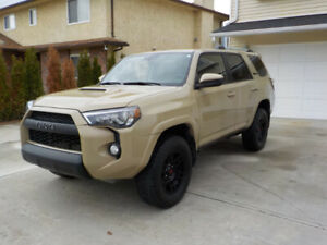 2016 Toyota 4Runner TRD PRO - RARE, LOW MILEAGE
