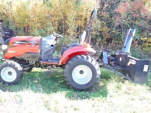 Mahindra Tractor/Snowblower Package