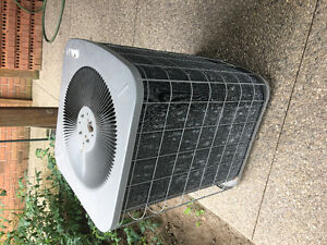 USED AIR CONDITIONER UNIT