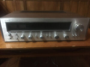 Hitachi SR-702 receiver