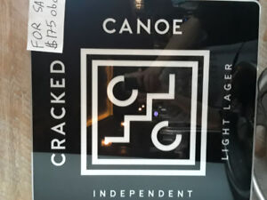 Cracked canoe light up sign