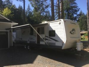 33 Foot Cherokee Travel Trailer