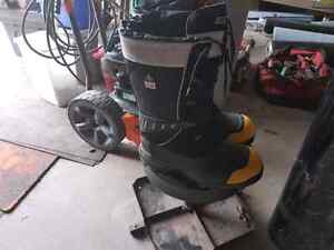 Dakota safety boots Kawartha Lakes Peterborough Area image 4