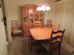 Shermag Dining Room Set 1000 Or Best Offer