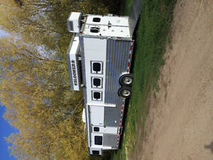 Bloomer horse trailer for sale