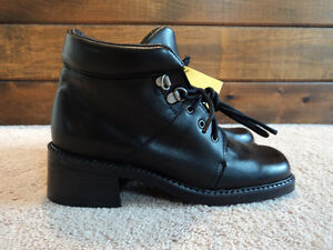 Girls Leather Winter Boots Infinity Radiant Size 5.5- smal 6 New