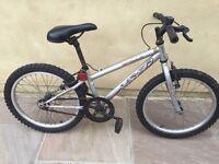 Apollo xc20 boys bike