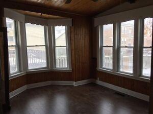 2 bedroom @ Dundas/Highbury, $800 plus electricity London Ontario image 4