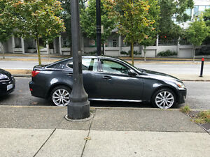 2007 Lexus IS250 AWD w Navigation and back up Camera