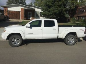 Winter is almost here! Check out this 2010 Toyota Tacoma TRD 4x4