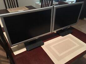 "2x Acer 19""monitors"