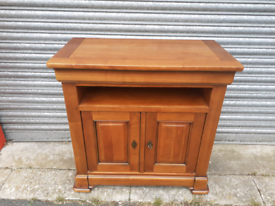 Solid & Heavy Entertainment Cabinet 🤩excellent condition 🤩