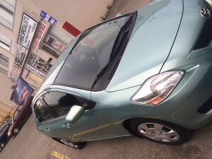 YARIS 2012 ACCIDENT FREE ONE OWNER 74K BACK CAM ONTARIO  VEHICLE