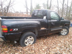 wanted 1999 -2006 chev short wheel base truck for parts