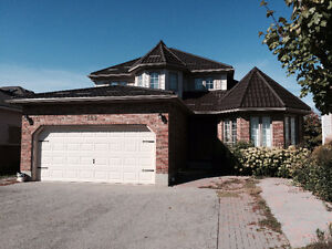 GORGEOUS HOME NEAR U OF G WITH LEGAL 2 BEDROOM APARTMENT !