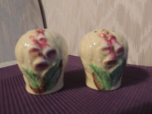 Antique and Novelty Salt and Pepper Shakers Peterborough Peterborough Area image 2