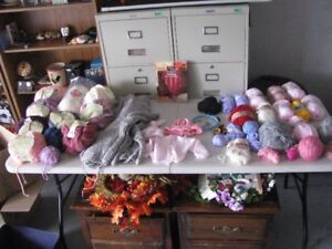 15 BALLS OF  BABY WOOL   KNITTING   WOOL LOTS OF  ASSORTED COLOR