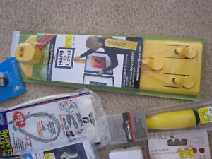 LOT 1 featuring Hang & Level Kit, Padlock, etc. - all new, boxed Kitchener / Waterloo Kitchener Area image 8