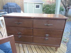 6 Drawer Bureau with mirror