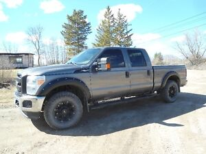 2011 Ford F-250 SuperDuty Pickup Truck