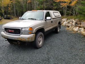 2001 Gmc Sierra 2500 6.6 L Diesel and 8' Artic Plow