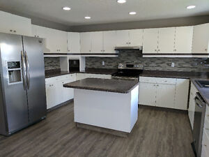 Nicely updated 1,750 sqft 3 Bedroom 1.5 bath in awesome area