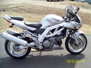 Suzuki SV great condition