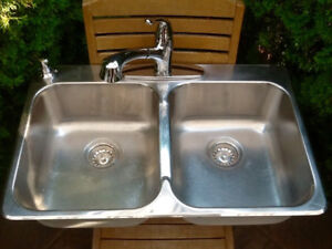 DOUBLE KITCHEN SINK WITH TAP AND SOAP DISPENSER