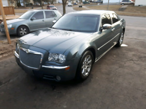 chrysler 300c hemi buy or sell new used and salvaged cars trucks in ontario kijiji. Black Bedroom Furniture Sets. Home Design Ideas