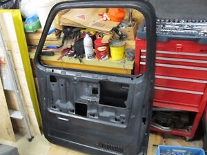 GMC Chevrolet Pickup Door New 73 -76
