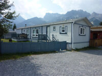 Mobile home in Spring Creek Mountain Village Canmore