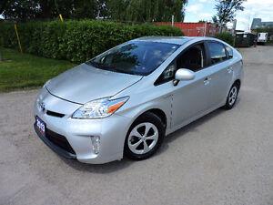 2013 Toyota Prius $13,900