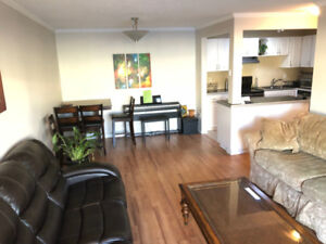 $850 Room in a 2 Bed 1 Bath All Utilities Included