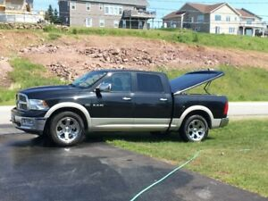 Dodge Ram 2010.  LOADED, air conditioned seats, remote start