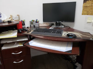 Good Condition L-Shape Desk