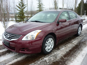 2012 Nissan Altima 2.5 S Sedan LOW KMS!!! CLEAN CARPROOF