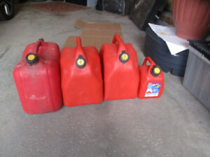 Jerry Cans: 4 Assorted Sizes