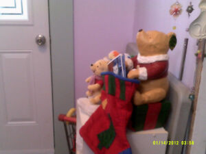 RESIN CHRISTMAS  POOH WITH SOCK