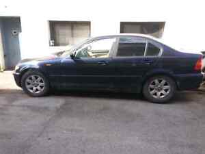 BMW  325 XI 2002 for parts. West Island Greater Montréal image 3